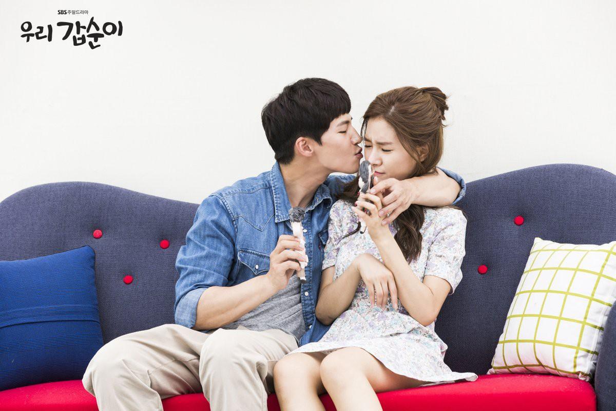 Hóa ra nàng cháo Kim So Eun và chồng hờ đã cho fan ăn một cú lừa như thế này! - Ảnh 4.