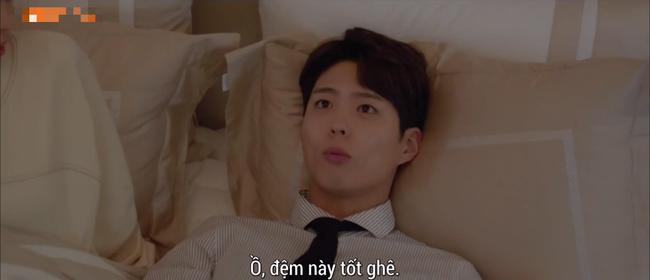 Lần đầu ngủ chung giường với phi công trẻ, Song Hye Kyo đã biểu cảm thế này - Ảnh 3.