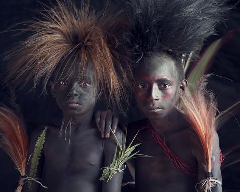 Chùm ảnh khắc họa vẻ đẹp mê hoặc của thổ dân trong các bộ lạc thiểu số vòng quanh thế giới - Ảnh 8.