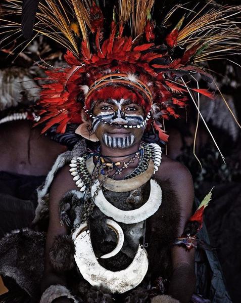 Chùm ảnh khắc họa vẻ đẹp mê hoặc của thổ dân trong các bộ lạc thiểu số vòng quanh thế giới - Ảnh 12.