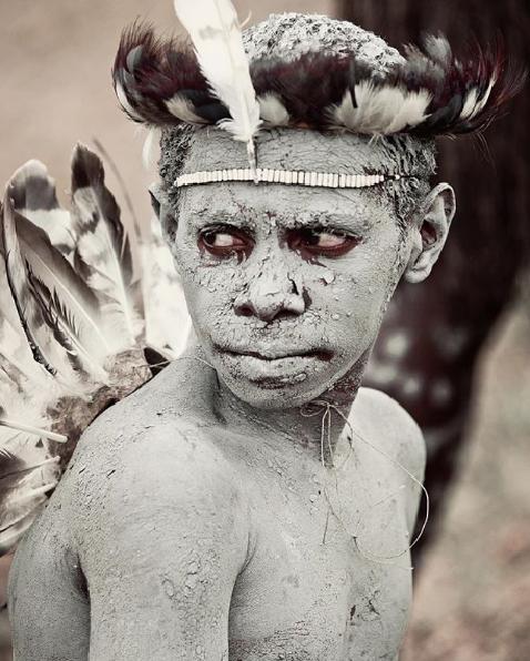 Chùm ảnh khắc họa vẻ đẹp mê hoặc của thổ dân trong các bộ lạc thiểu số vòng quanh thế giới - Ảnh 16.