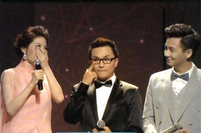 Loạt sự cố hy hữu để đời vừa gây cười, vừa gây sốc của sao Việt trên sóng truyền hình - Ảnh 3.