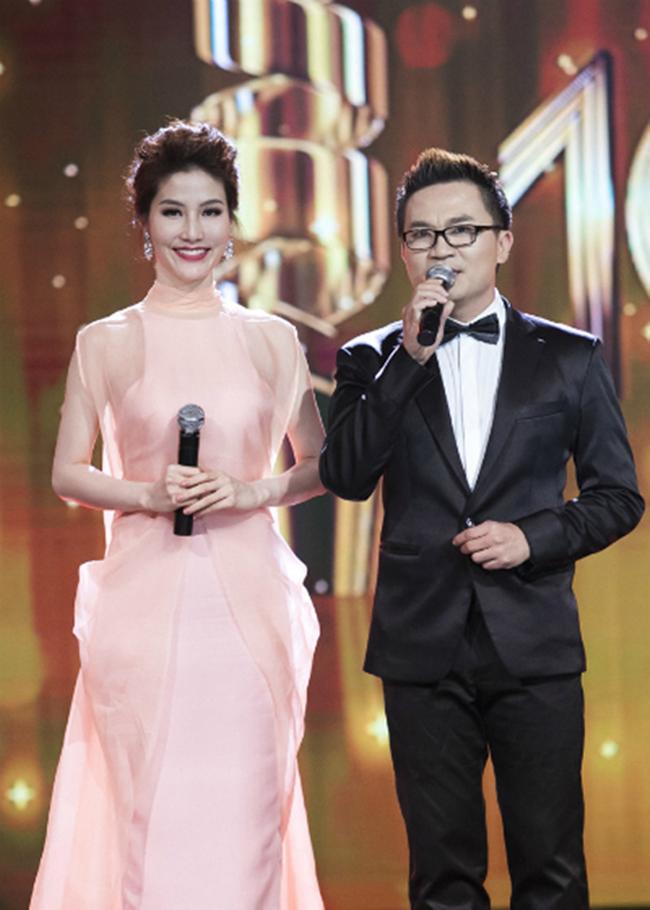 Loạt sự cố hy hữu để đời vừa gây cười, vừa gây sốc của sao Việt trên sóng truyền hình - Ảnh 4.