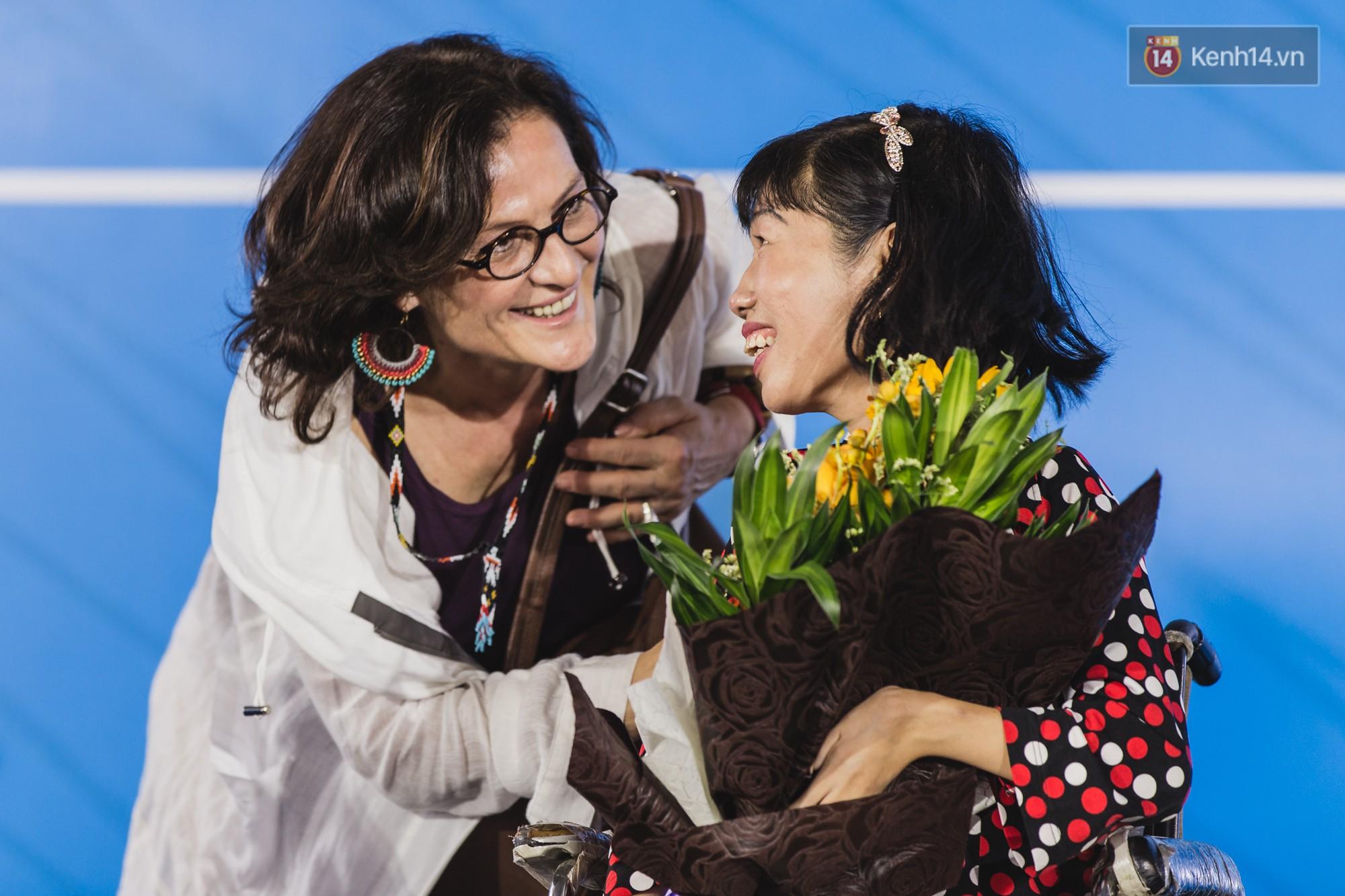 Những khoảnh khắc xúc động trong chương trình Giao lưu với người khuyết tật ở Sài Gòn - Ảnh 7.