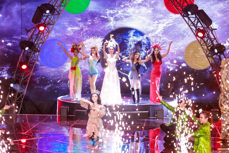 Đây là cô gái kế vị Hương Giang tham gia Hoa hậu Chuyển giới Quốc tế 2019! - Ảnh 18.