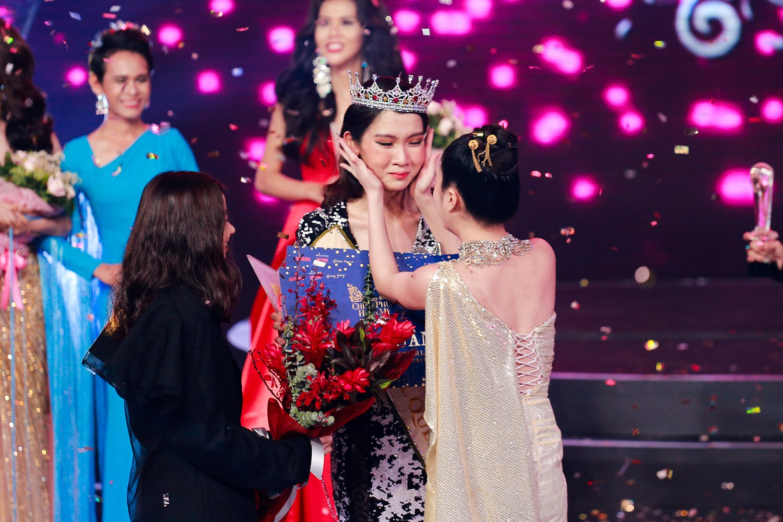 Đây là cô gái kế vị Hương Giang tham gia Hoa hậu Chuyển giới Quốc tế 2019! - Ảnh 1.