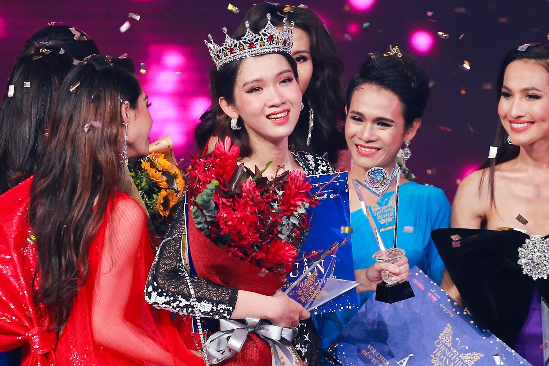 HHen Ni Suyễn - cô gái tự nhận mình xấu nhất The Tiffany Vietnam gây xúc động trong đêm Chung kết - Ảnh 9.