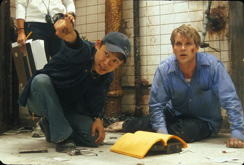 6 bộ phim bình thường bỗng hóa siêu phẩm nhờ... hết ngân sách - Ảnh 3.