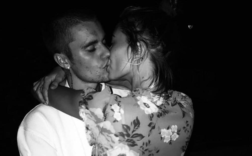 Nổi mụn chi chít, có lẽ Justin Bieber nên học hỏi vợ cách sở hữu làn da láng mịn như búp bê không cần photoshop! - Ảnh 4.