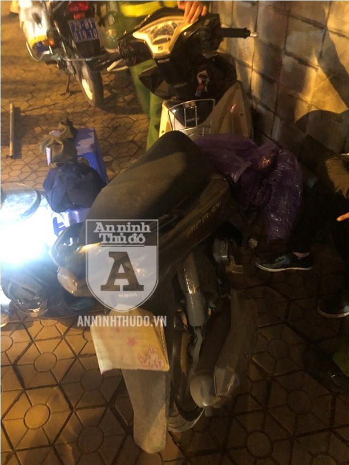 Vừa nhảy xe AirBlade chưa được một tháng, kẻ trộm thủ dao bầu bị 141 bắt gọn - Ảnh 3.