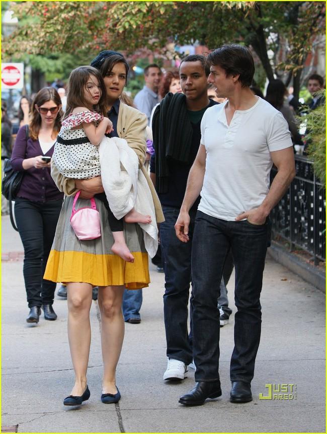 Tom Cruise - Brad Pitt: Chuyện về những gã đàn ông thất bại, viết lại cuộc đời mình sau những tờ đơn ly hôn - Ảnh 4.