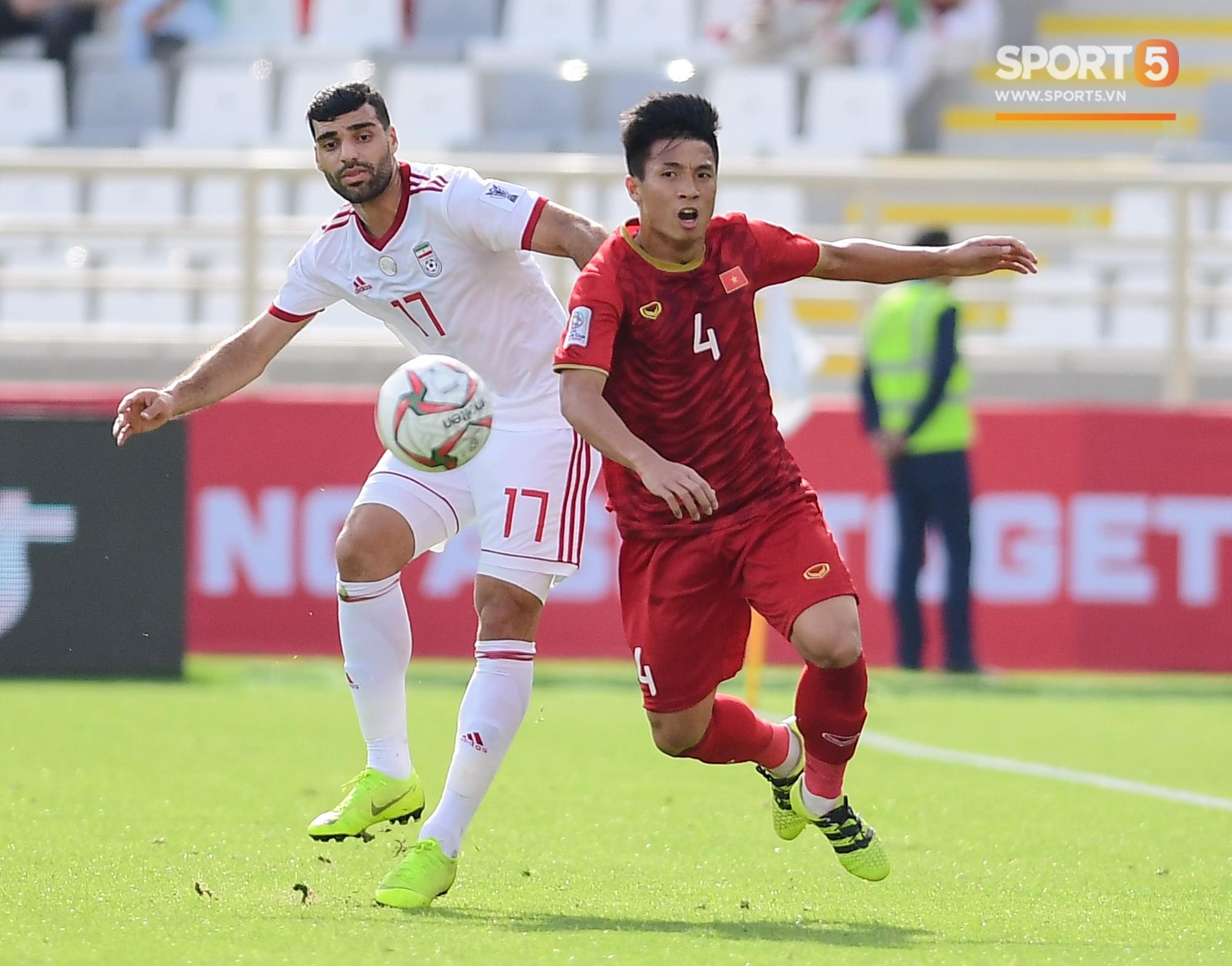 Thua Iran nhưng tinh thần quả cảm của các chàng trai Việt Nam đã đánh cắp trái tim fan quốc tế - Ảnh 10.