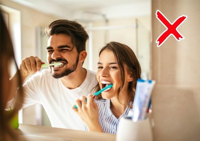 Dùng bàn chải mà không chú ý tới những điều này thì bảo sao bạn dễ bị mắc bệnh răng miệng - Ảnh 5.