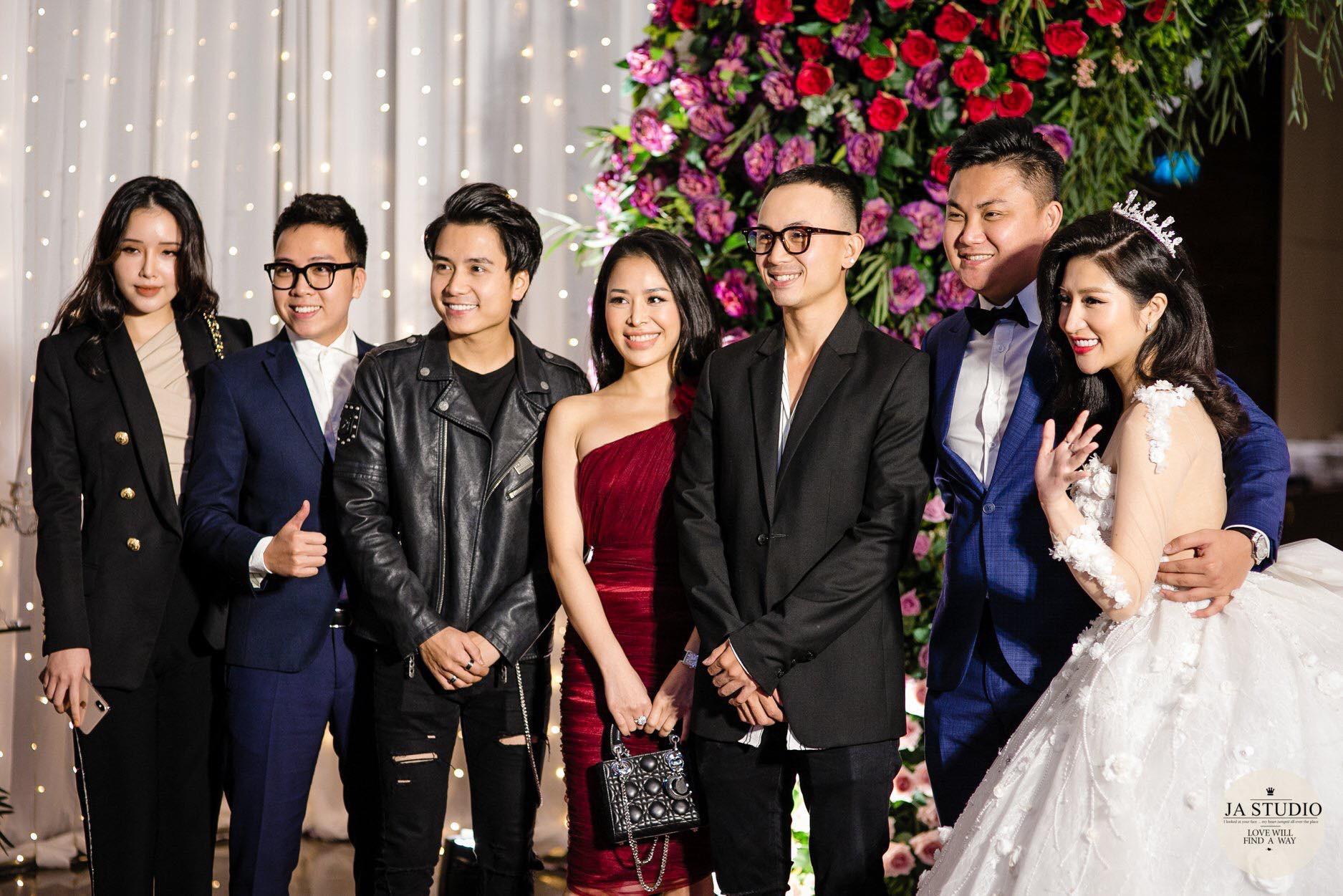 Chùm ảnh: Vân Navy hạnh phúc rưng rưng trong đám cưới với bạn trai doanh nhân - Ảnh 7.