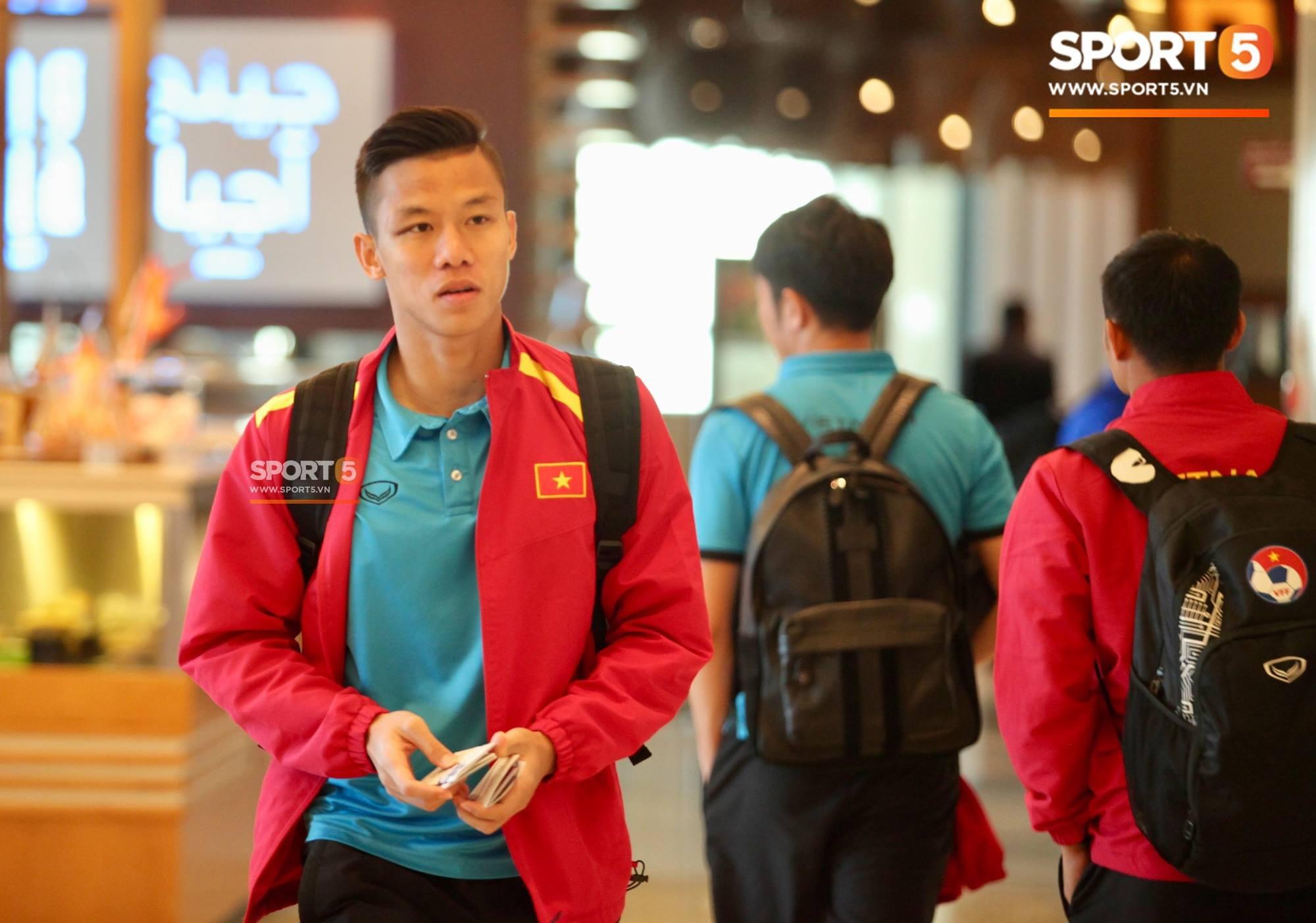 Tuyển Việt Nam tại Asian Cup 2019: Người đổ máu, người sưng húp mắt, mất trí nhớ tạm thời - Ảnh 1.
