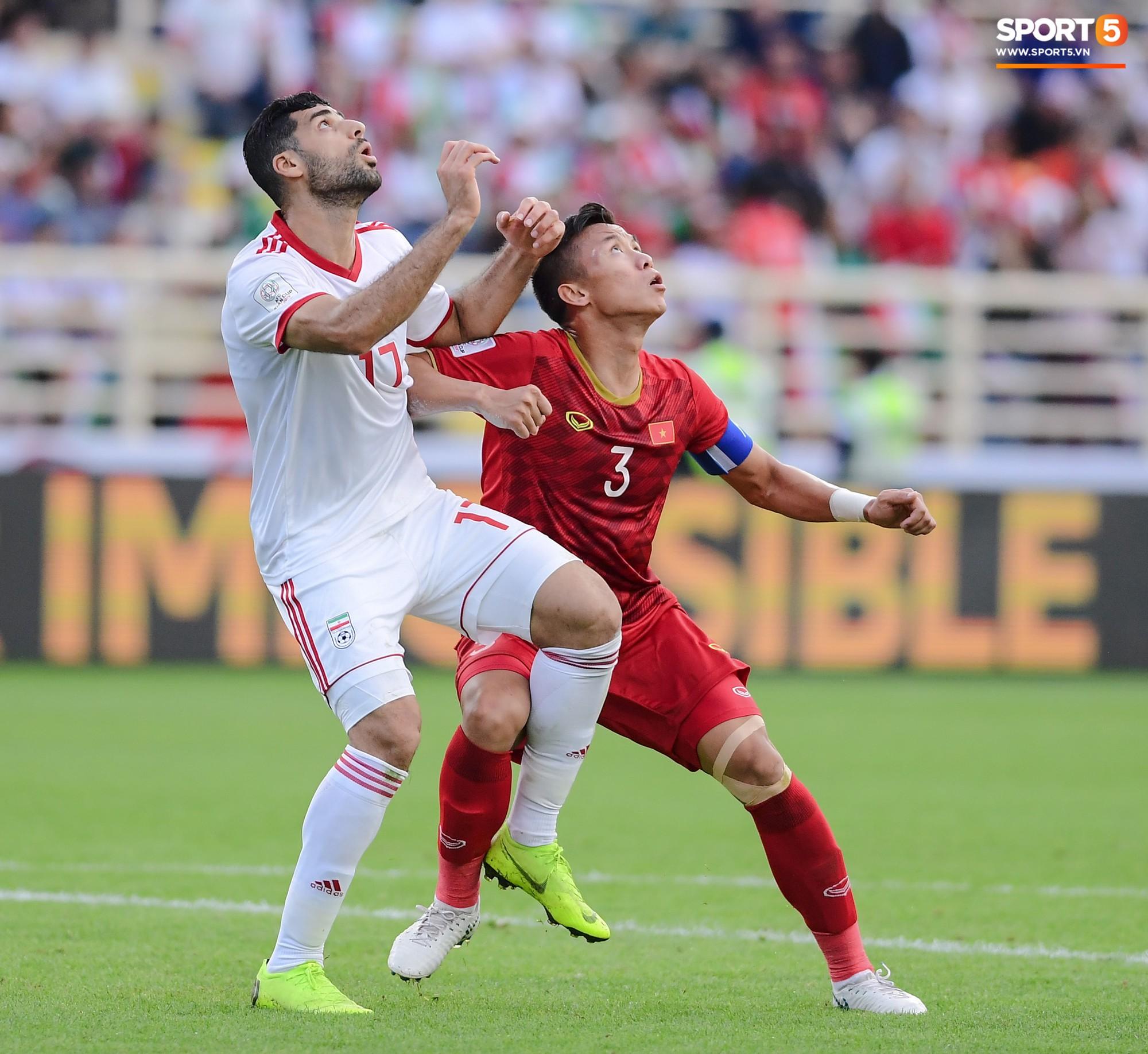 Tuyển Việt Nam tại Asian Cup 2019: Người đổ máu, người sưng húp mắt, mất trí nhớ tạm thời - Ảnh 2.