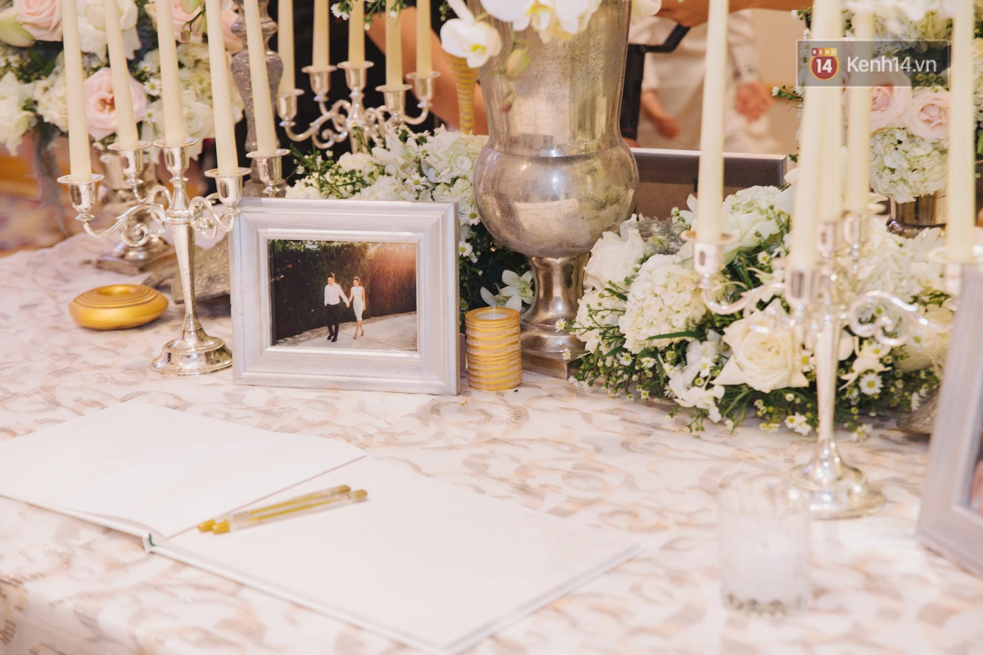 Hé lộ không gian cưới sang trọng của ca sĩ Lê Hiếu và bà xã Thu Trang - Ảnh 5.