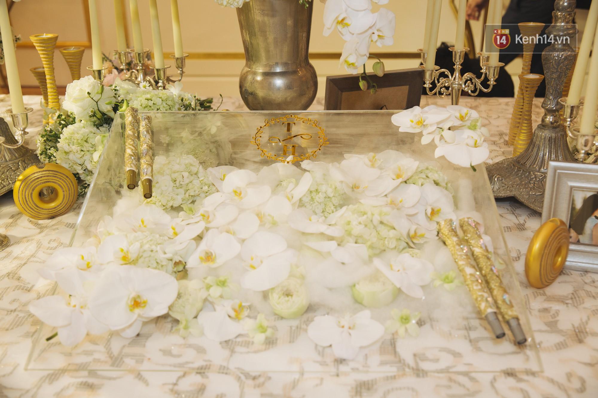Hé lộ không gian cưới sang trọng của ca sĩ Lê Hiếu và bà xã Thu Trang - Ảnh 9.