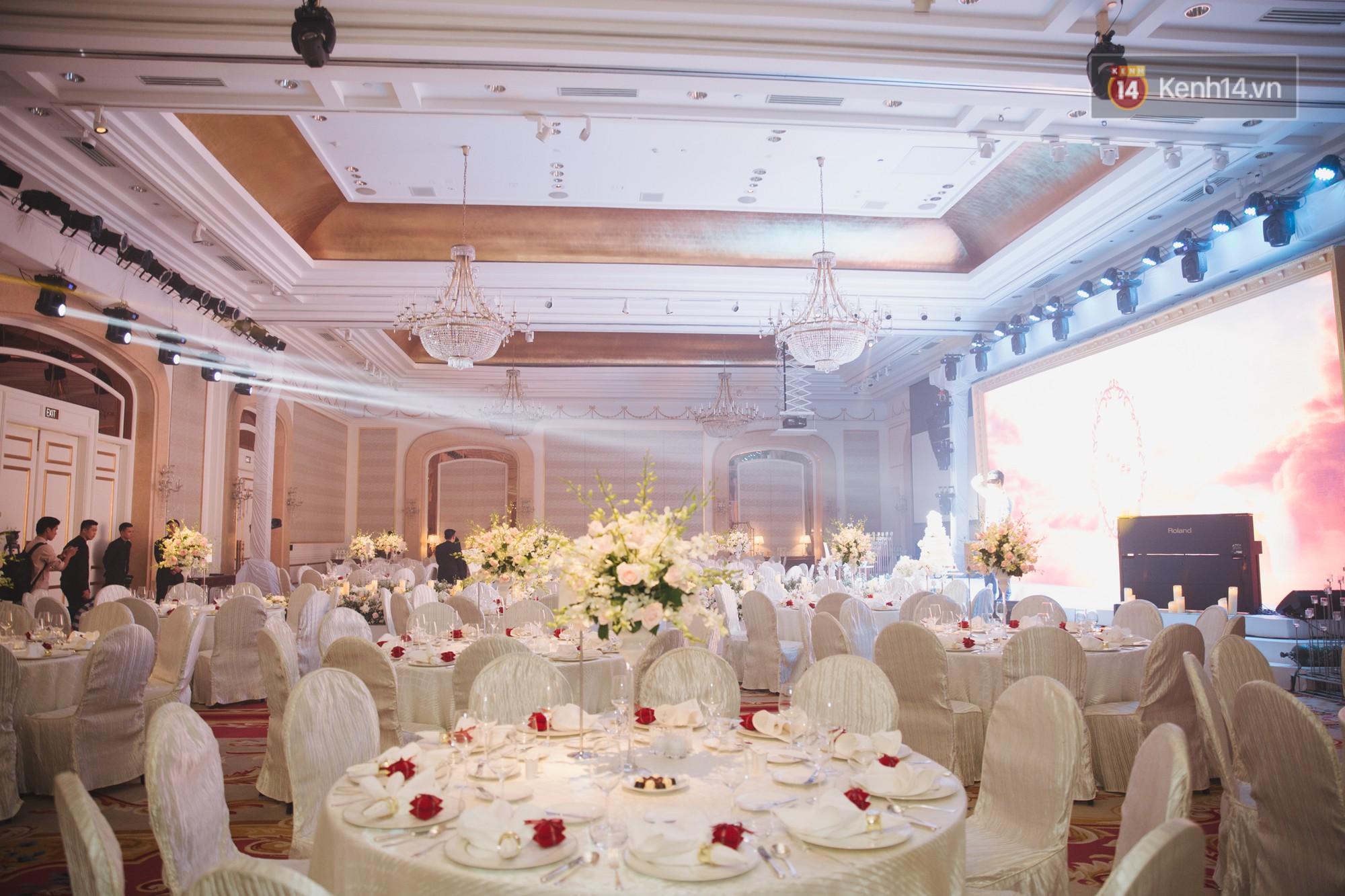 Hé lộ không gian cưới sang trọng của ca sĩ Lê Hiếu và bà xã Thu Trang - Ảnh 12.