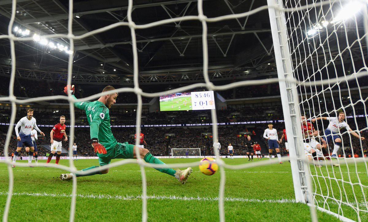 HLV Man Utd: De Gea đang thách thức những thủ môn hay nhất lịch sử đội bóng này - Ảnh 1.