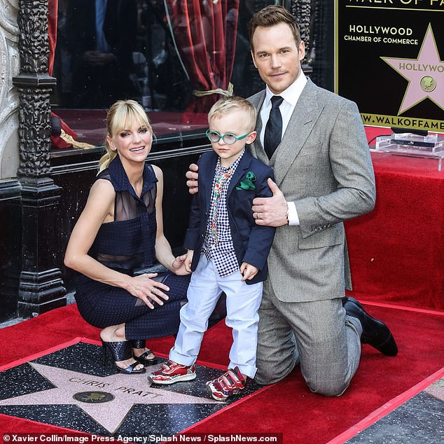 Kết thúc cuộc hôn nhân 8 năm, siêu sao Jurassic World Chris Pratt cuối cùng đã cầu hôn con gái Kẻ dủy diệt - Ảnh 3.