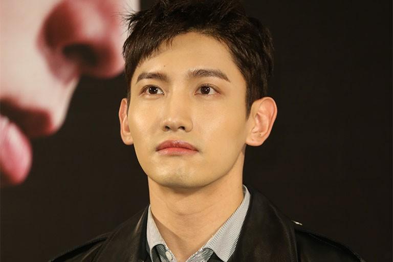7 sao Hàn bị Bộ GDĐT tước bằng Đại học, dân mạng lại gọi tên những idol có học vấn khủng nhất này - Ảnh 8.