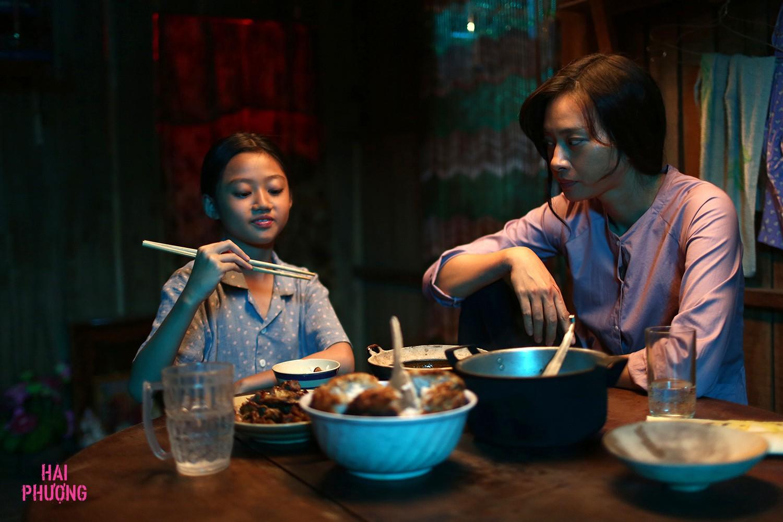 Poster Hai Phượng của Ngô Thanh Vân nhìn có na ná siêu phẩm của Won Bin - Ảnh 4.