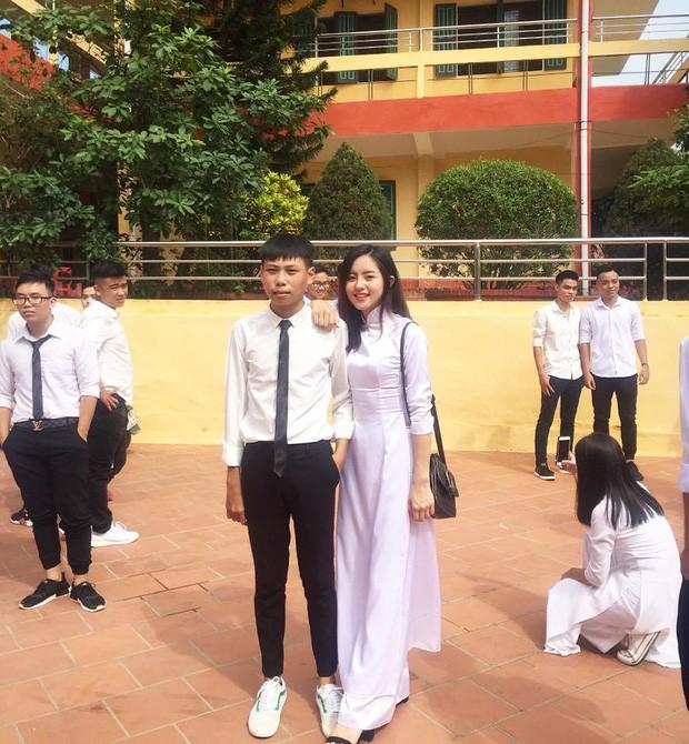 Nữ sinh Việt diện áo dài trắng: Người xinh đẹp trong trẻo xuất sắc, người quyến rũ với 3 vòng siêu chuẩn - Ảnh 8.