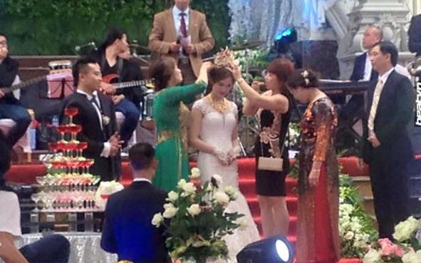 Đám cưới tại lâu đài trăm tỷ, rước dâu bằng Rolls-Royce và máy bay: Nam Định xứng đáng đứng đầu về độ chịu chơi tổ chức đám cưới - Ảnh 10.