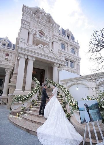 Đám cưới tại lâu đài trăm tỷ, rước dâu bằng Rolls-Royce và máy bay: Nam Định xứng đáng đứng đầu về độ chịu chơi tổ chức đám cưới - Ảnh 22.