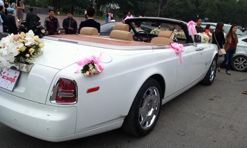 Đám cưới tại lâu đài trăm tỷ, rước dâu bằng Rolls-Royce và máy bay: Nam Định xứng đáng đứng đầu về độ chịu chơi tổ chức đám cưới - Ảnh 32.