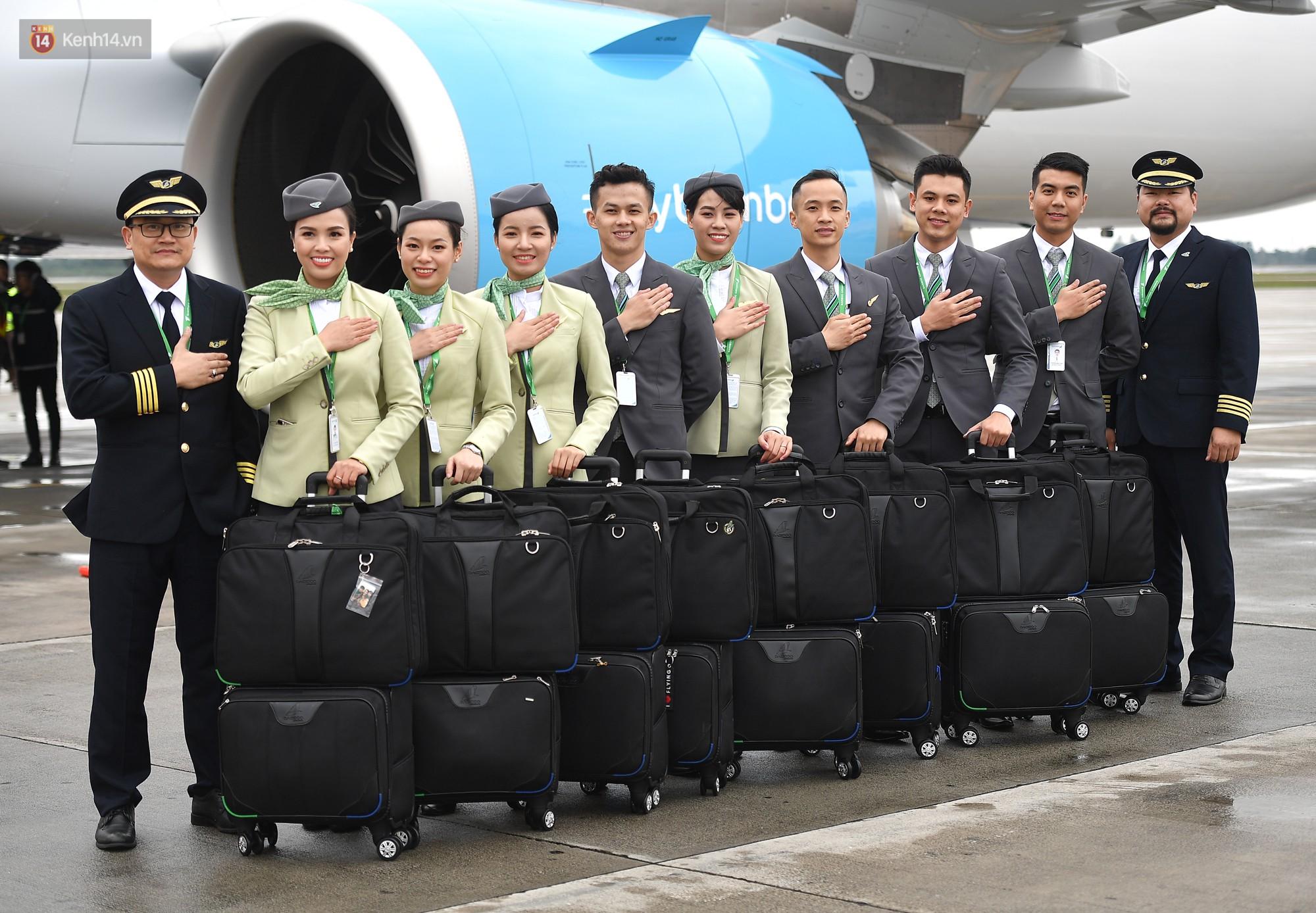 Phải công nhận, đồng phục của tiếp viên Bamboo Airways không chỉ lịch sự mà còn rất đẹp và trendy - Ảnh 5.
