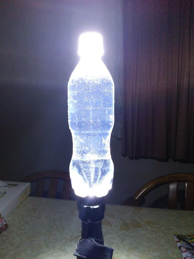 Học hỏi 8 cách tái sử dụng chai nhựa siêu sáng tạo của người Nhật, cách cuối hơi lạ đời nhưng vẫn có tác dụng - Ảnh 11.
