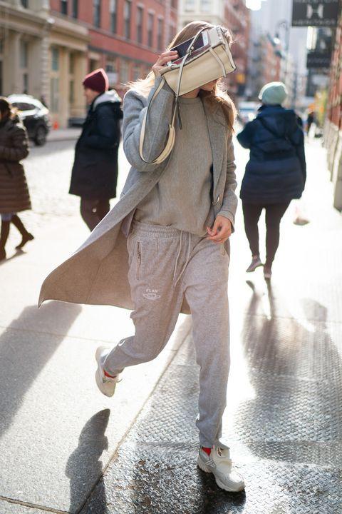 Sau tin chia tay Zayn, hành động này của Gigi Hadid lại làm dân tình cảm thấy khó hiểu về quan hệ của cặp đôi - Ảnh 1.