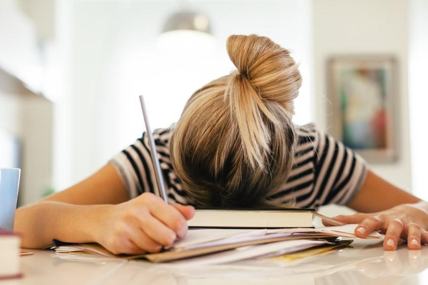 Thường xuyên mệt mỏi khi thức dậy có thể là vì một trong 4 nguyên nhân sau - Ảnh 3.