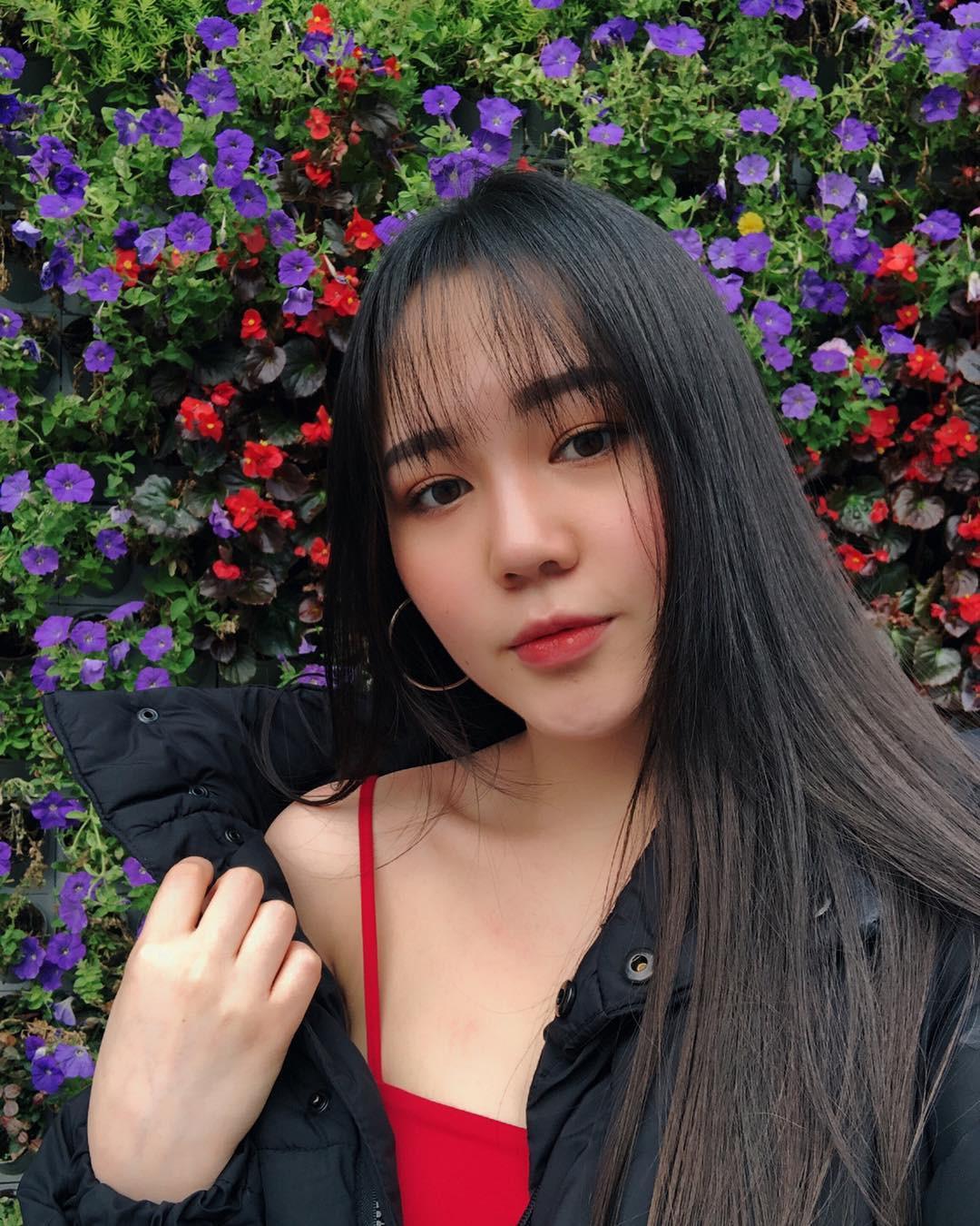 Hội bạn thân xinh đẹp, toàn du học sinh của 2 chị em hot girl Lào gốc Việt - Ảnh 16.