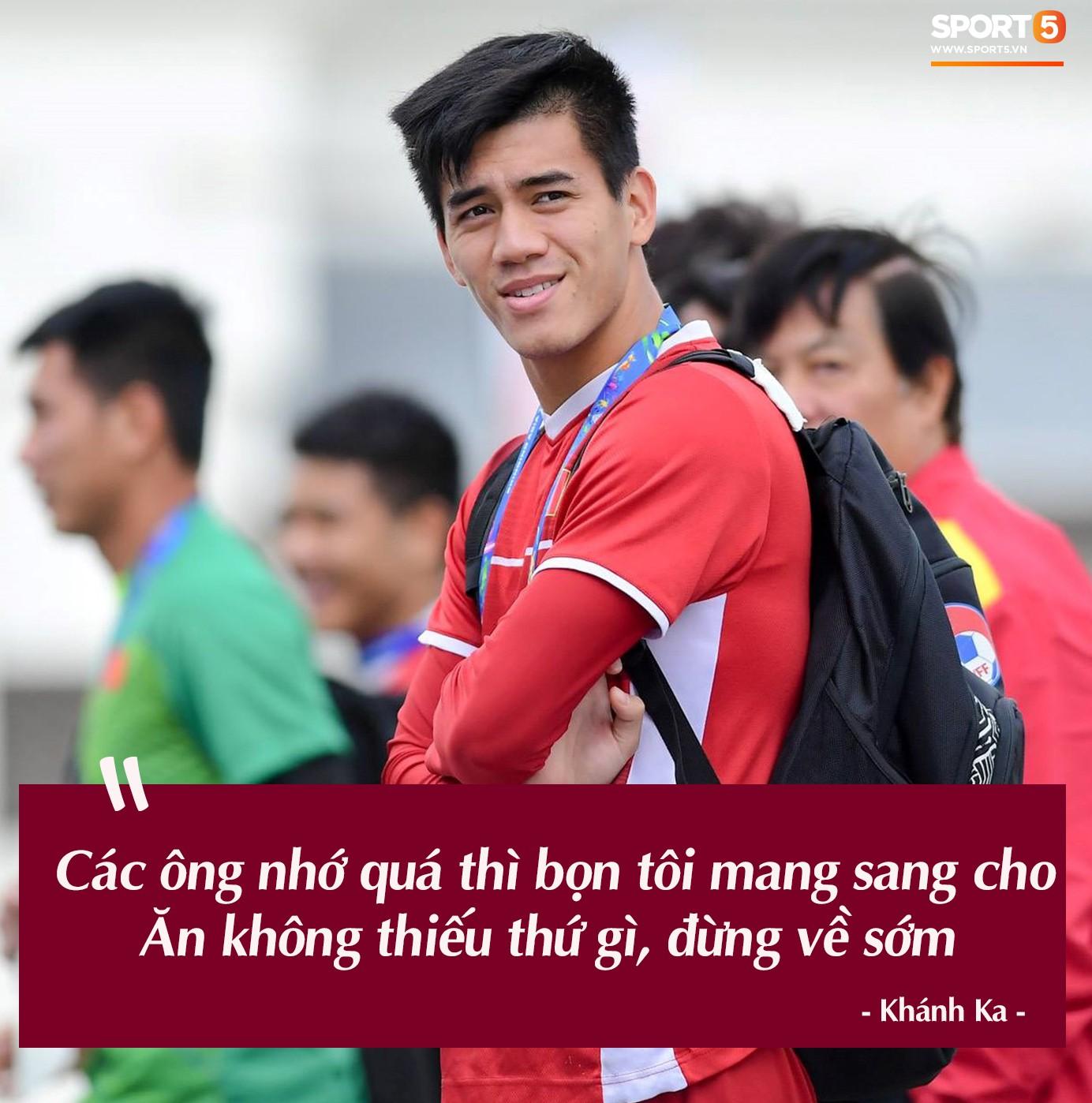 Trước vòng đấu loại trực tiếp Asian Cup 2019, Đặng Văn Lâm tuyên bố: Anh sẽ về, nhưng không phải hôm nay - Ảnh 3.