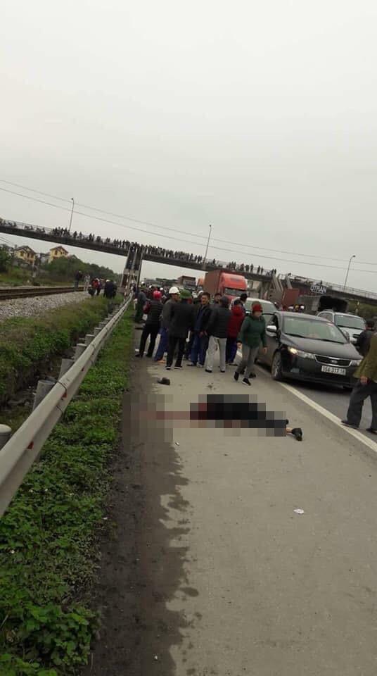 Ảnh, clip: Hiện trường vụ tai nạn kinh hoàng khiến 9 người tử vong ở Hải Dương - Ảnh 4.