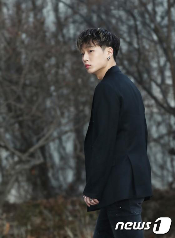 Hơn 80 sao Hàn đổ bộ thảm đỏ Gaon 2019: Tzuyu xuất sắc, nữ thần lai và mỹ nhân TWICE gây chú ý vì vòng 1 đốt mắt - Ảnh 26.