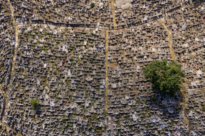 Góc nhìn độc đáo về Hong Kong qua những bức ảnh chụp từ trên cao - Ảnh 4.