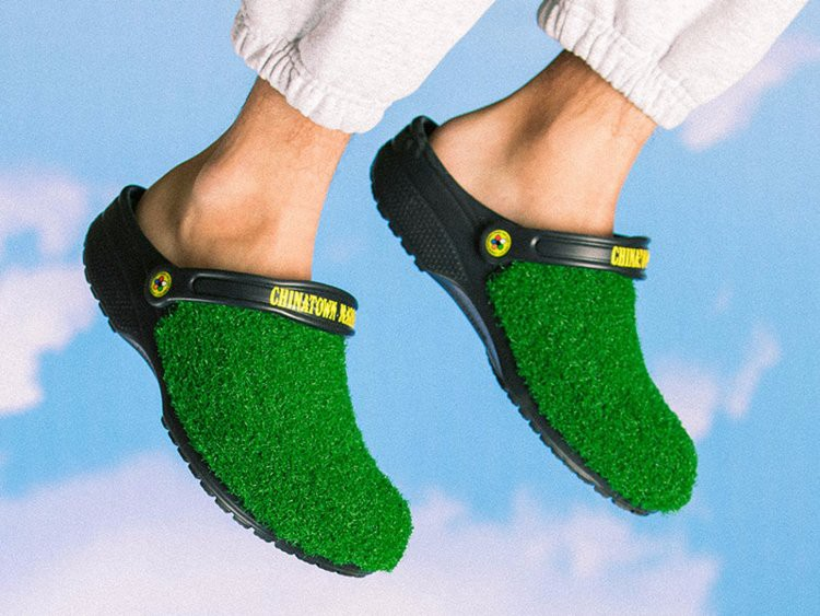 Chiêm ngưỡng đôi dép cao su một triệu tư khiến người mang như đi chân trần trên cỏ - Ảnh 1.