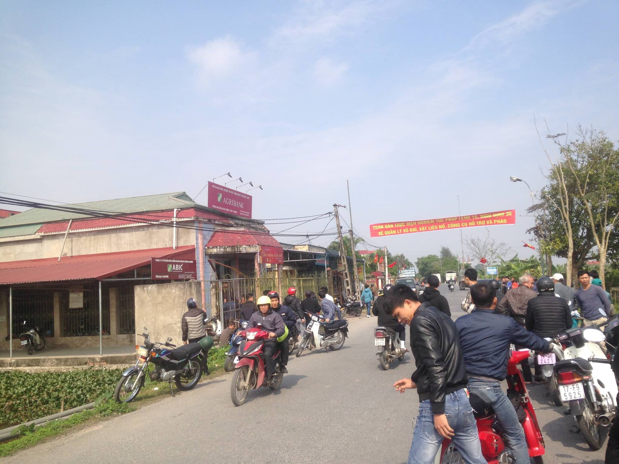 Đối tượng cướp ngân hàng ở Thái Bình đã bị bắt - Ảnh 1.