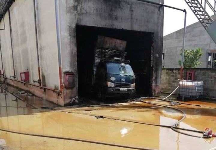 Bình Dương: Cháy công ty sau tiếng nổ lớn, 1 người chết, nhiều người bị thương - Ảnh 1.