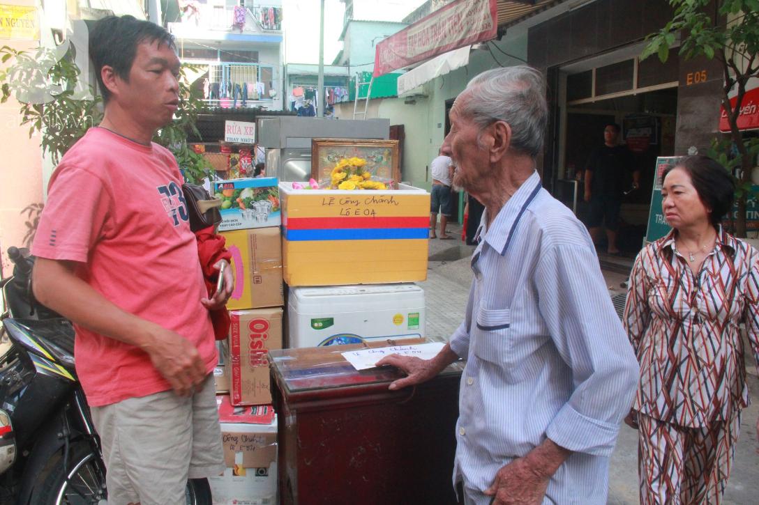 Chung cư bị nghiêng 45cm giữa trung tâm Sài Gòn, hàng trăm người dân khốn khổ chuyển nhà ngày cận Tết - Ảnh 10.
