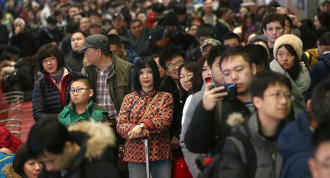 """Trung Quốc bắt đầu cuộc """"xuân vận"""": Ước tính có 3 tỷ chuyến đi trong vòng 40 ngày tới để về nhà ăn Tết - Ảnh 6."""