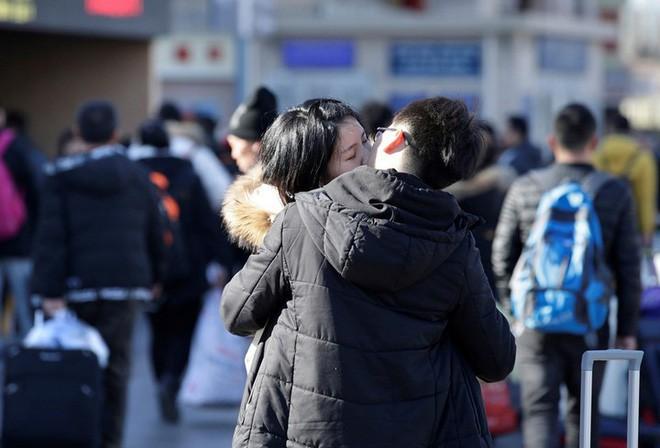 """Trung Quốc bắt đầu cuộc """"xuân vận"""": Ước tính có 3 tỷ chuyến đi trong vòng 40 ngày tới để về nhà ăn Tết - Ảnh 4."""