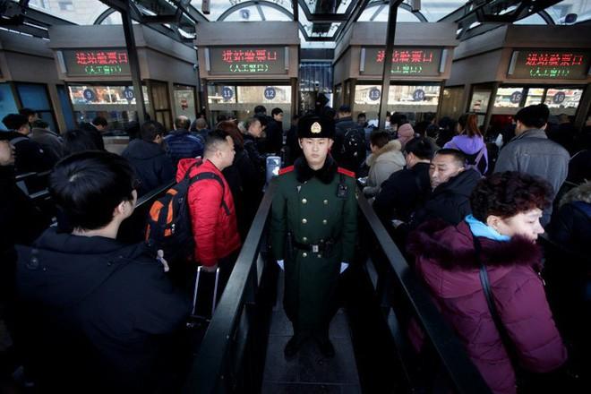 """Trung Quốc bắt đầu cuộc """"xuân vận"""": Ước tính có 3 tỷ chuyến đi trong vòng 40 ngày tới để về nhà ăn Tết - Ảnh 5."""