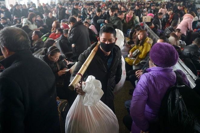 """Trung Quốc bắt đầu cuộc """"xuân vận"""": Ước tính có 3 tỷ chuyến đi trong vòng 40 ngày tới để về nhà ăn Tết - Ảnh 10."""