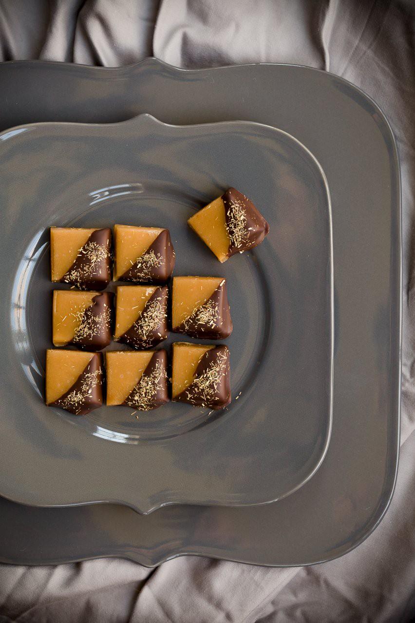 Nước mắm: Người Việt dùng để chấm và nêm nếm món mặn, người nước ngoài dùng để chan lên các... món ngọt - Ảnh 5.