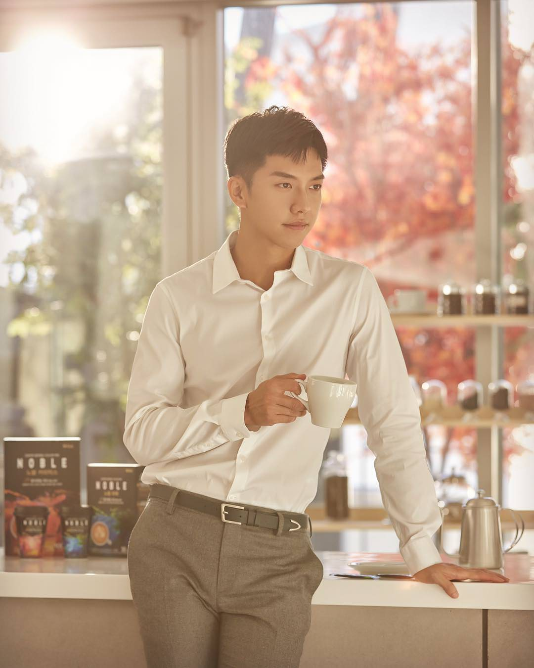 The hotest Kbiz model models: Only one idol reached the top and takes the throne, surpassing both Hyun Bin and Lee Seung Gi - Photo 4.